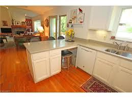 utopia beach cape cod style home sold 155 000 gray u0027s auctioneers