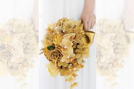 wedding flowers for guests 10 glamorous gold wedding decorations to dazzle your guests