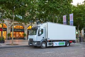 renault trucks t deliveries to guerlain boutiques in paris made by an all electric