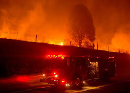 Wildfire Western Us by Wildfire Rages In Western U S Thousands Evacuated