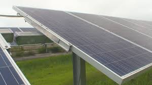 Solar Power Traffic Lights by Power Company Prepares For Solar Eclipse