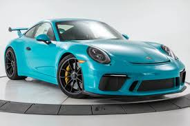blue porsche 911 miami blue 2018 911 gt3 is the ultimate driver u0027s porsche