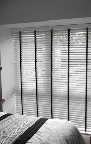 Measuring Bay Windows For Curtains S Ms An White Wooden Blinds Bay Window Easy Way To Measure For S