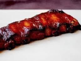 cuisiner travers de porc bbq ribs ou travers de porc mariné et grillé recette ptitchef