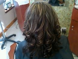 medium lentgh hair with highlights and low lights afrkroou highlights lowlights for brown hair medium hair styles