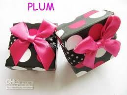 polka dot gift boxes jewelry gift boxes ring displayer with polka dots ring box