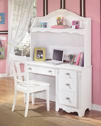 Diana Bedroom Set Ashley Exquisite Poster Bedroom Set From Ashley Asl B188 71 82n