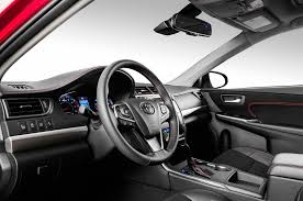 toyota camry 2019 2017 toyota camry xse i 4 first test review motor trend canada