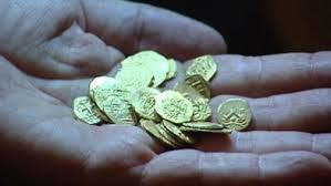 Gold Coins Found In California Backyard 10m Gold Coin Surprise Uncovered In Calif Video Abc News