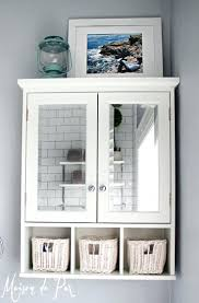 10 tips for designing a small bathroom cabinet