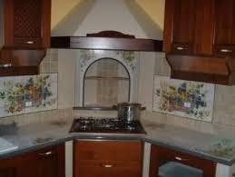 cucine con piano cottura ad angolo cappa ad angolo le migliori idee di design per la casa