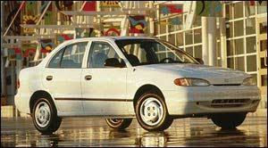 hyundai accent curb weight 1997 hyundai accent specifications car specs auto123