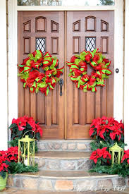 Ideas For Christmas Decorations For Outside by A Whole Bunch Of Christmas Porch Decorating Ideas U2014 Style Estate