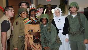 thanksgiving celebrate fort riley soldiers celebrate thanksgiving feast of history u003e fort