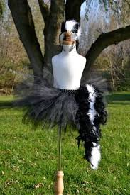 Skunk Halloween Costumes 12 Prize Winning Women Halloween Costumes Homemade