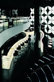 armani hotel supreme tourism
