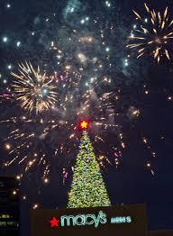 lenox tree lighting 2017 photos macy s great tree lighting at lenox square mall