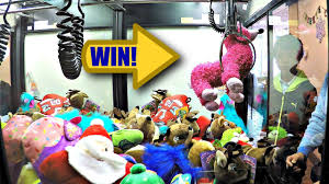 let u0027s play u0026 win some toy prize plushies from the skill crane claw