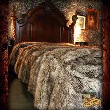 Faux Fur Throw Blanket Wolf Bedspread Plush Faux Fur Coyote Bear Skin Sheepskin Shag