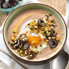cuisine panais recette soupe de panais aux olives noires chapelure de pignons et