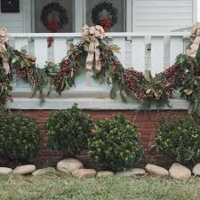 25 indoor decorating ideas garlands holidays and