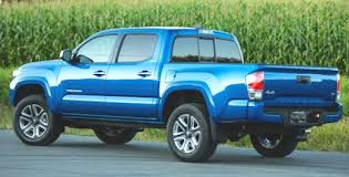 redesign toyota tacoma 2018 toyota tacoma redesign cars authority