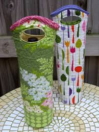 quilted wine tote free tutorial pdf pattern bottle wine and