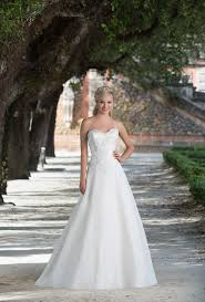 Wedding Dress Hire London 3881 Wedding Dress From Sincerity Bridal Hitched Co Uk