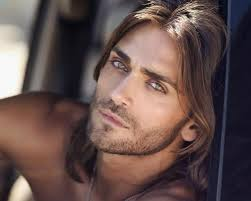 center part mens hairstly 30 mens long hairstyles which will make you look perfect slodive