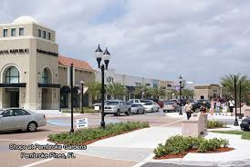 Barnes And Noble Pembroke Pines Local Shopping Center And Mall Willard Realty Team Keller