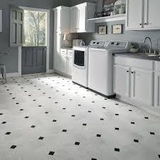 Kitchen Vinyl Floor Tiles by Vinyl Flooring Kitchen Best 10 Vinyl Flooring Kitchen Ideas On