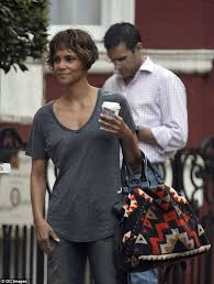 hã lle design halle berry debuts new hairstyle with lotus design on instagram