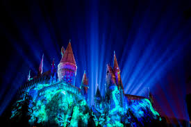 lumos see hogwarts light up at new universal studios