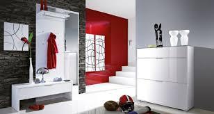 design garderobenmã bel de pumpink wandfarbe grau rot