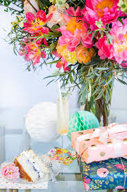 wedding gift table ideas bridal shower gift table ideas crate and barrel