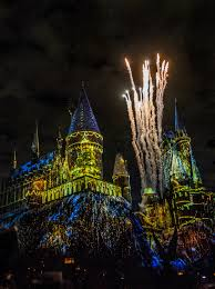 harry potter night light universal studios hollywood lights up christmas in the wizarding