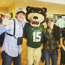Joanna Gaines Without Makeup by Just Chip And Joanna Gaines Hanging Out With Bruiser At Baylor U0027s