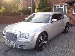 chrysler 300c srt chrysler 300c srt design 2008 2 owners fsh 22 inch alloys lots of