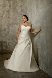 ivory plus size wedding dresses sweetheart handmade embroidery a