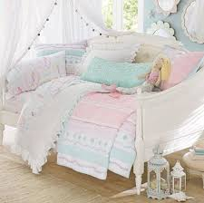 Girls Bedding And Curtains by Best 25 Girls Daybed Ideas On Pinterest Girls Daybed Room Ikea