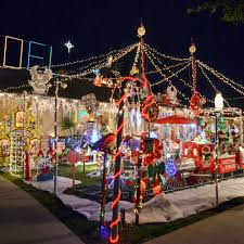 light display los angeles the 9 most absurd diy holiday light displays in la display los