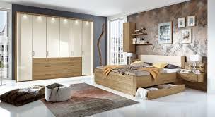 schlafzimmer komplett gã nstig kaufen schlafzimmer massivholz möbel zum wohlfühlen himmelbett holz