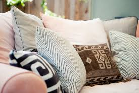 How To Make Sofa Pillow Covers How To Sew Zipper Pillows With Piping Pretty Prudent