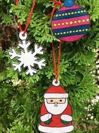 make shrinky dinks ornaments at dec 10 crafternoon