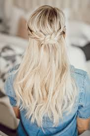 layer hair with ponytail at crown ponytail hairstyles for spring and summer