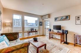 livingroom realty just listed light bright pearl condo living room realty