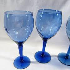 wine glass swirl aerating wine gles just swirl the green head g