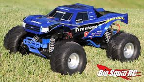 traxxas monster jam trucks unboxing u2013 traxxas bigfoot monster truck big squid rc u2013 news