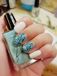 nail art tutorials for hundreds of designs and also some random