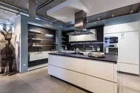 küche ideen moderne küchen klares design effiziente elektrogeräte